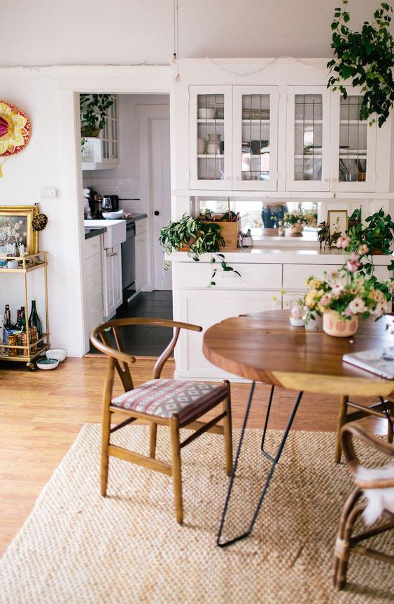 horseshoe chairs   mid-century modern dining room   Girlfriend is Better