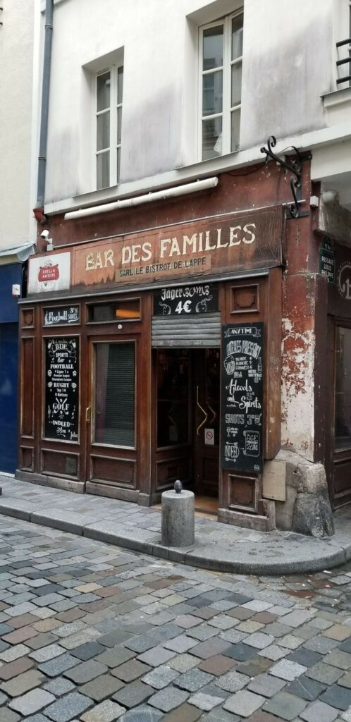 Paris 11th arrondissement | Bastille district  dive bars Rue de Lappe nightlife | Girlfriend is Better