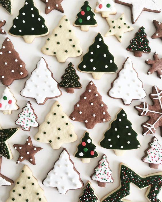 handmade Christmas | tree iced gingerbread cookies recipes | Girlfriend is Better