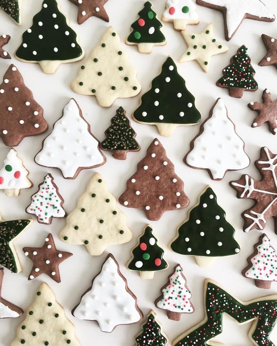 handmade Christmas   tree iced gingerbread cookies recipes   Girlfriend is Better