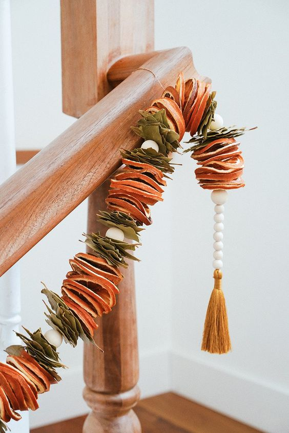 handmade Christmas | citrus garland dried orange bay leaves wood beads DIY | Girlfriend is Better