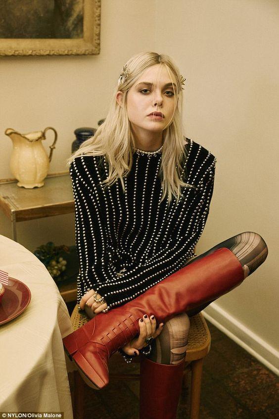 modern grunge | 90s fashion 2020 ripped tights platform boots | Girlfriend is Better