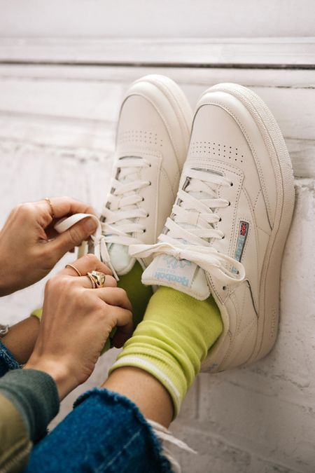 tennis shoes | white Reebok low-tops colored ankle socks | Girlfriend is Better