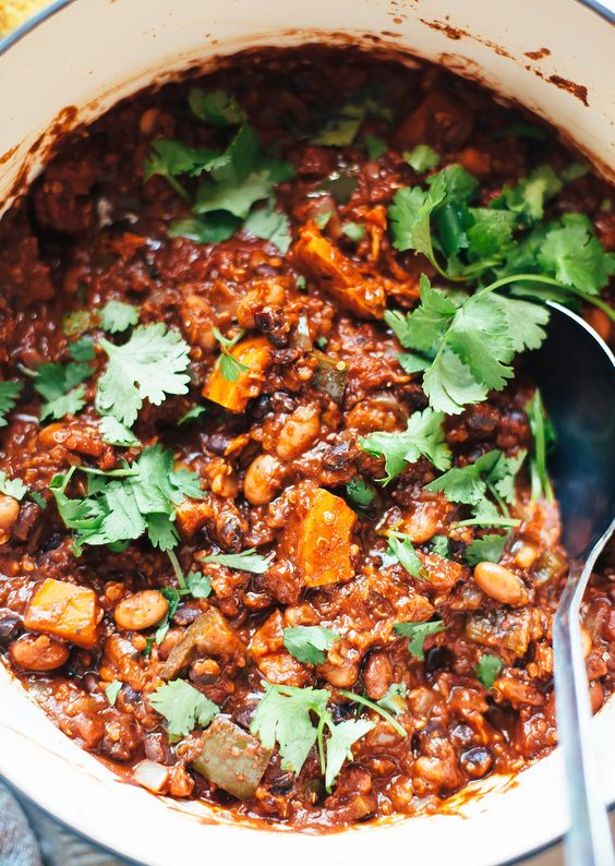 chili recipes | Smoky Squash Quinoa pinto black beans