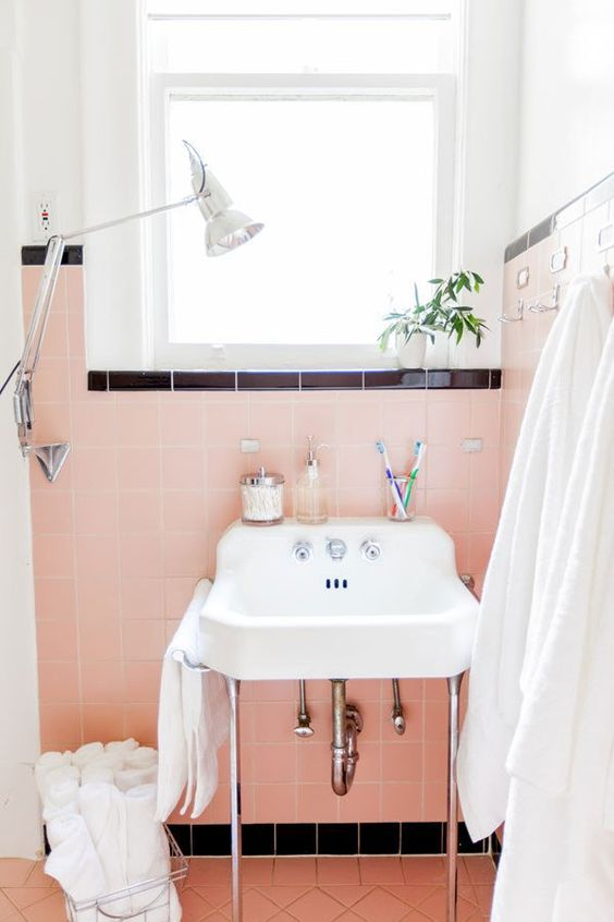 bathroom sinks | mid-century modern pink tile | Girlfriend is Better