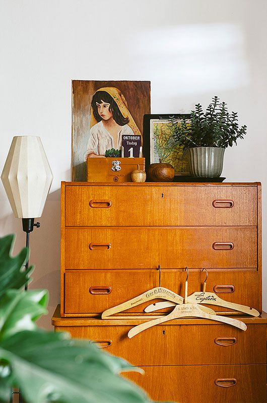 displaying art | bedroom dresser mid-century modern painting collection | Girlfriend is Better