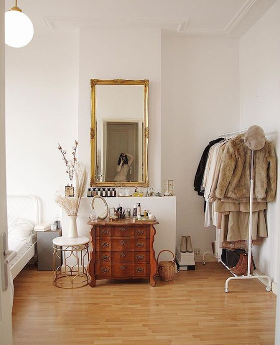 mirror Feng Shui | large gilded mirror bedroom French country | Girlfriend is Better