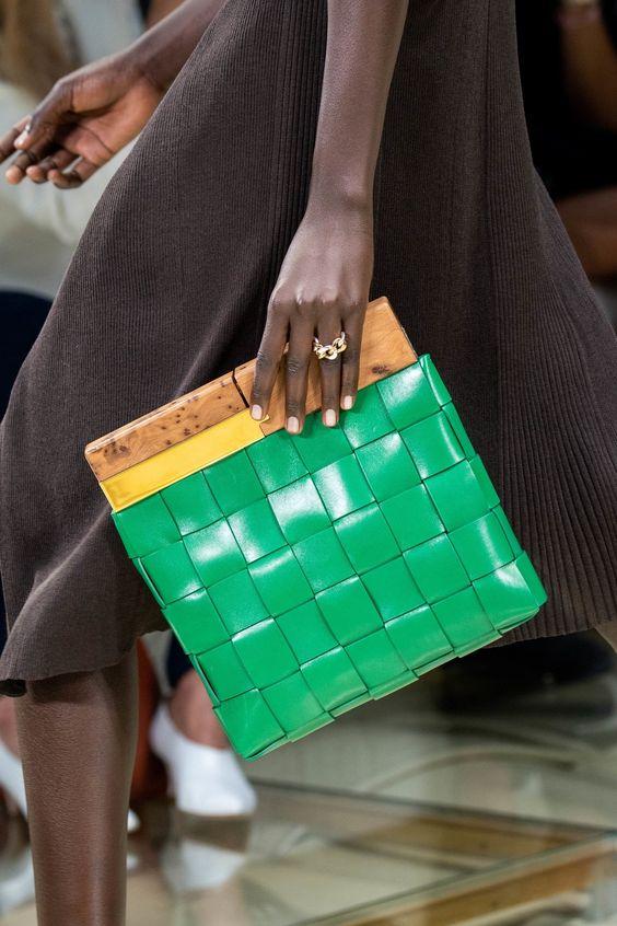 oversized woven purses | Bottega Veneta green square maxi weave clutch wood handle | Girlfriend is Better