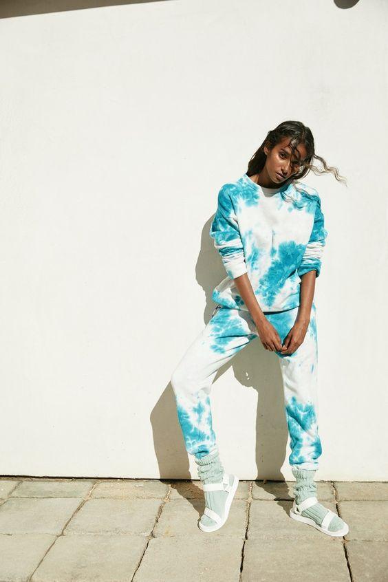 tie dye | white sweat pants sweatshirt DIY Itajime shibori | Girlfriend is Better
