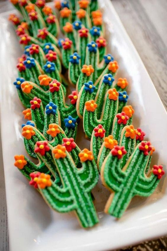 Cinco de Mayo party ideas | cactus sugar cookies hostess | Girlfriend is Better