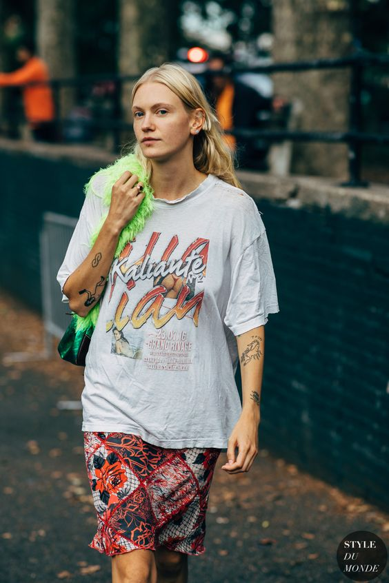 oversized graphic tees   thrift store menswear mid-length skirt street style   Girlfriend is Better