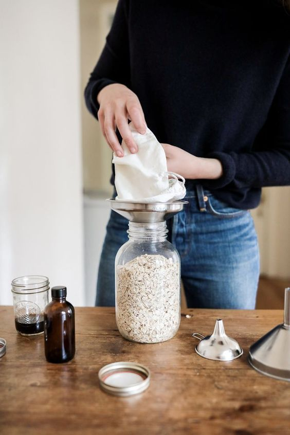 sustainable kitchen products | Mason jar bulk foods zero waste | Girlfriend is Better