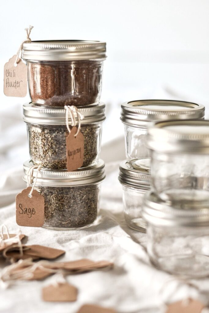 sustainable kitchen products | glass mason jars bulk spice storage | Girlfriend is Better