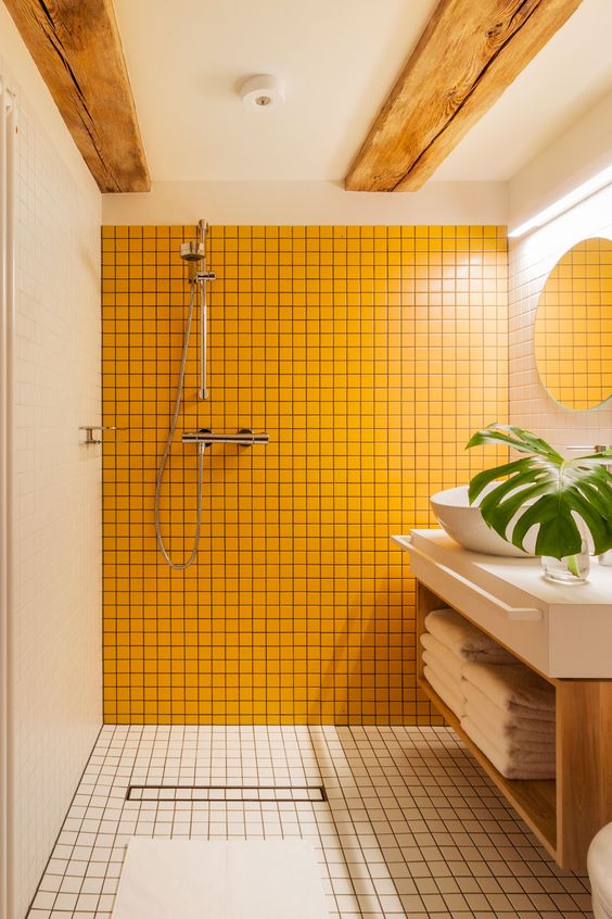 yellow home decor   bathroom tile earth element feng shui   Girlfriend is Better
