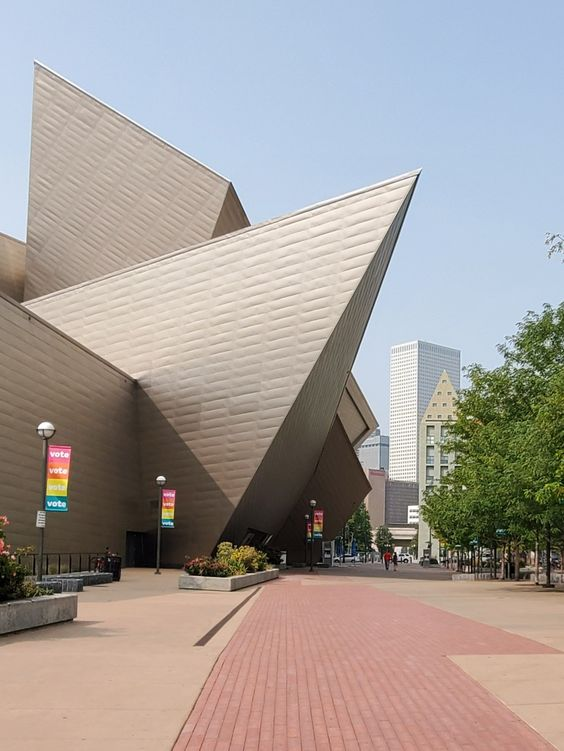 Denver Colorado | Art Museum gallery artist exhibition | Girlfriend is Better
