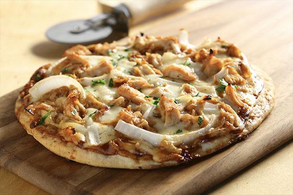 Cheesy BBQ Chicken Pizza