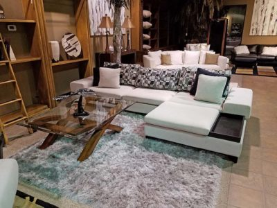Consignment Furniture - Sectional