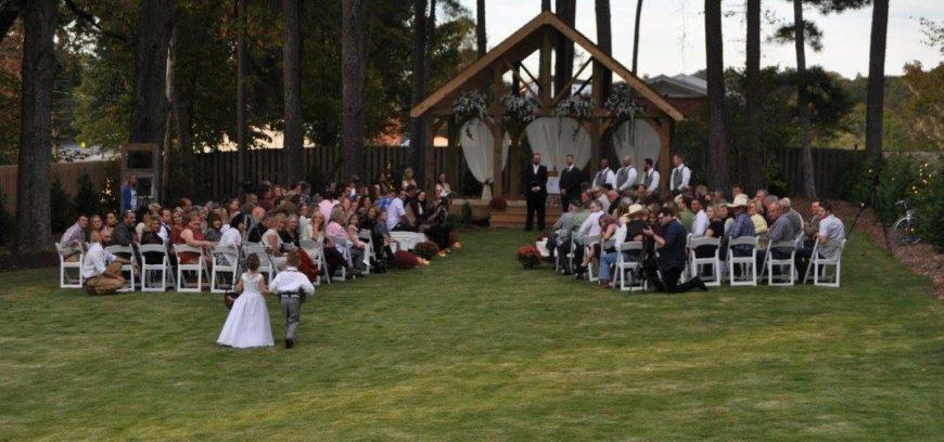 Wedding October Outdoors