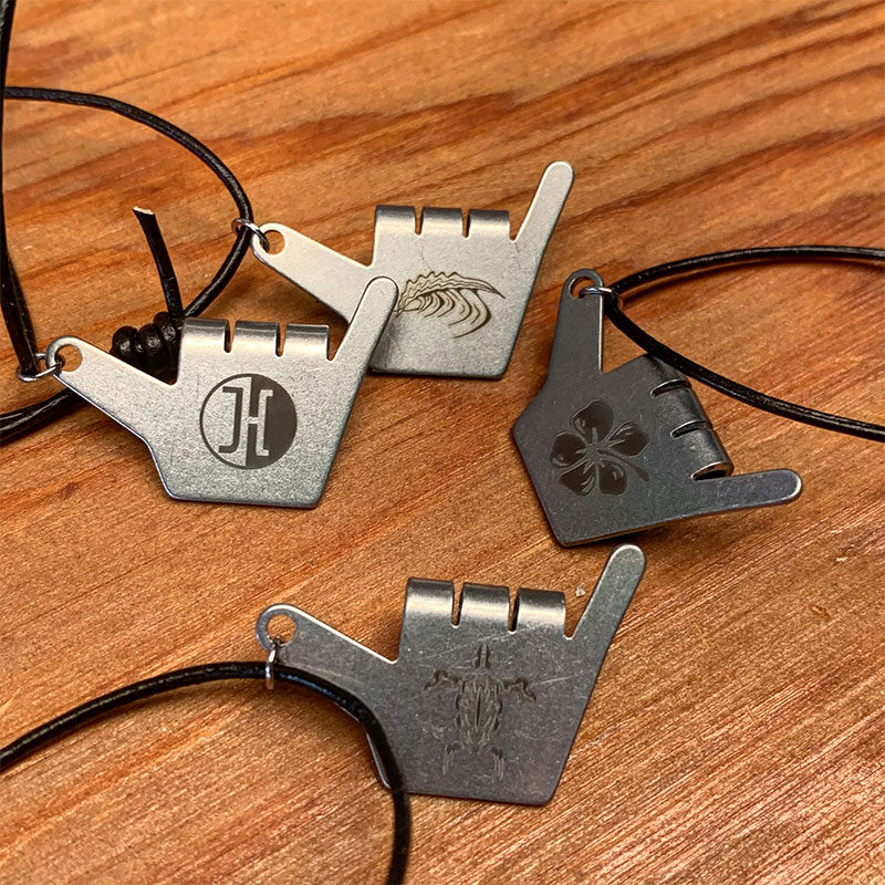 jucker-hawaii-shaka-necklace