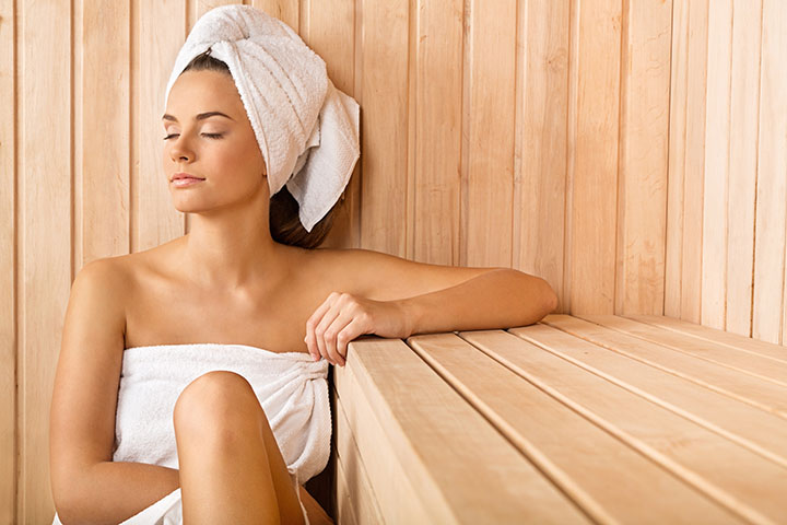 unwind-infrared-sauna-sitting