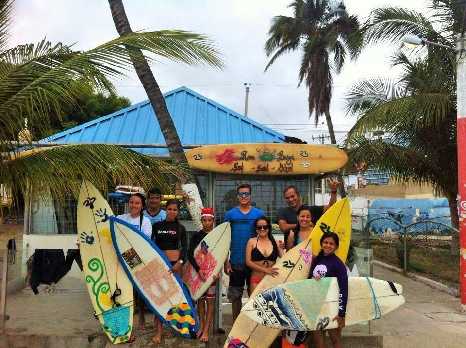 MANTA SURF ESCUELA MUNICIPAL