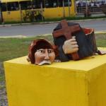 Vândalos atacam imagens sacras em Paulista