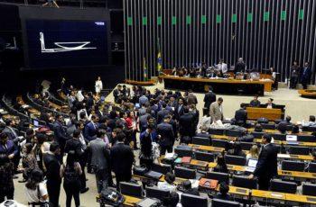 PT e PSL são as maiores bancadas da Câmara dos Deputados 2019-2022.