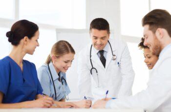 Paulista abre seleção 2020 com 27 vagas para médicos.
