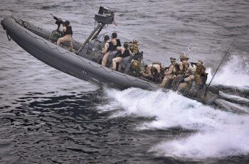 Marinha lança edital de concurso público com 750 vagas.