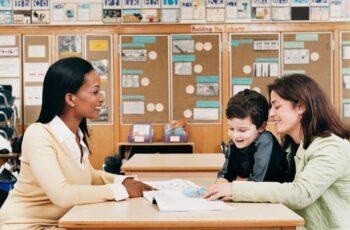 Olinda abre seleção simplificada com mais de 200 vagas em funções diversas na Secretaria de Educação.