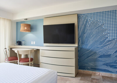 MH_PVRMX_Guestroom_Double_Pool_Ocean_View_010