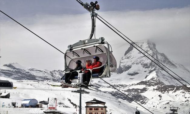 Esquiar por primera vez: lo que necesitas saber