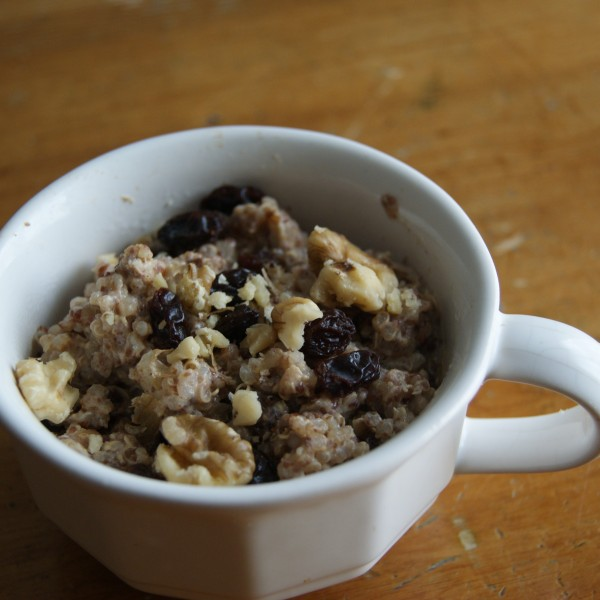 Hot Quinoa Breakfast Porridge: Recipe 4 of 12