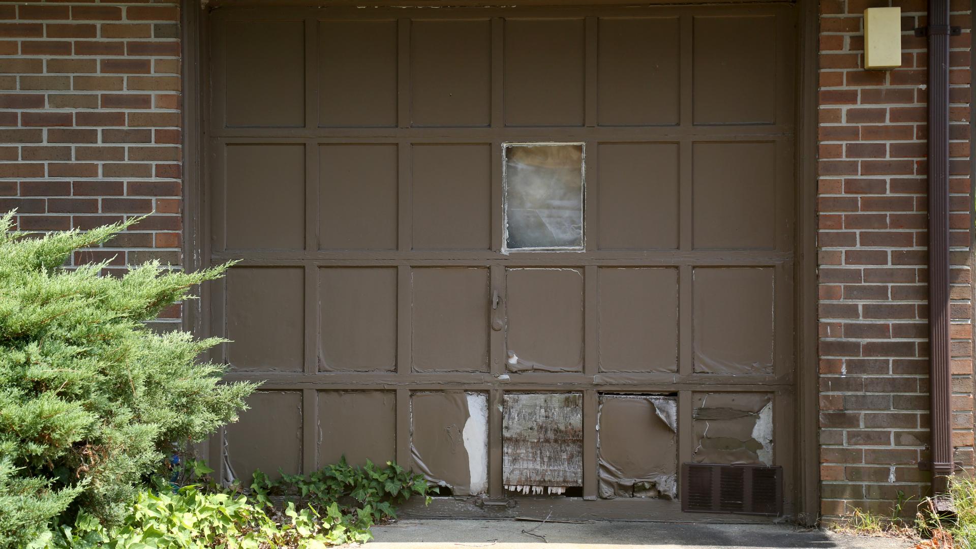 damaged garage door replacement