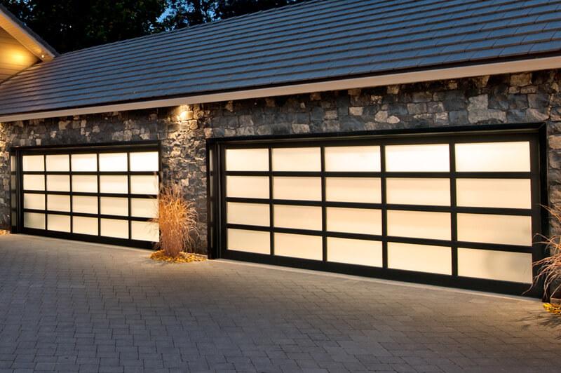 residential garage doors repairs Houston
