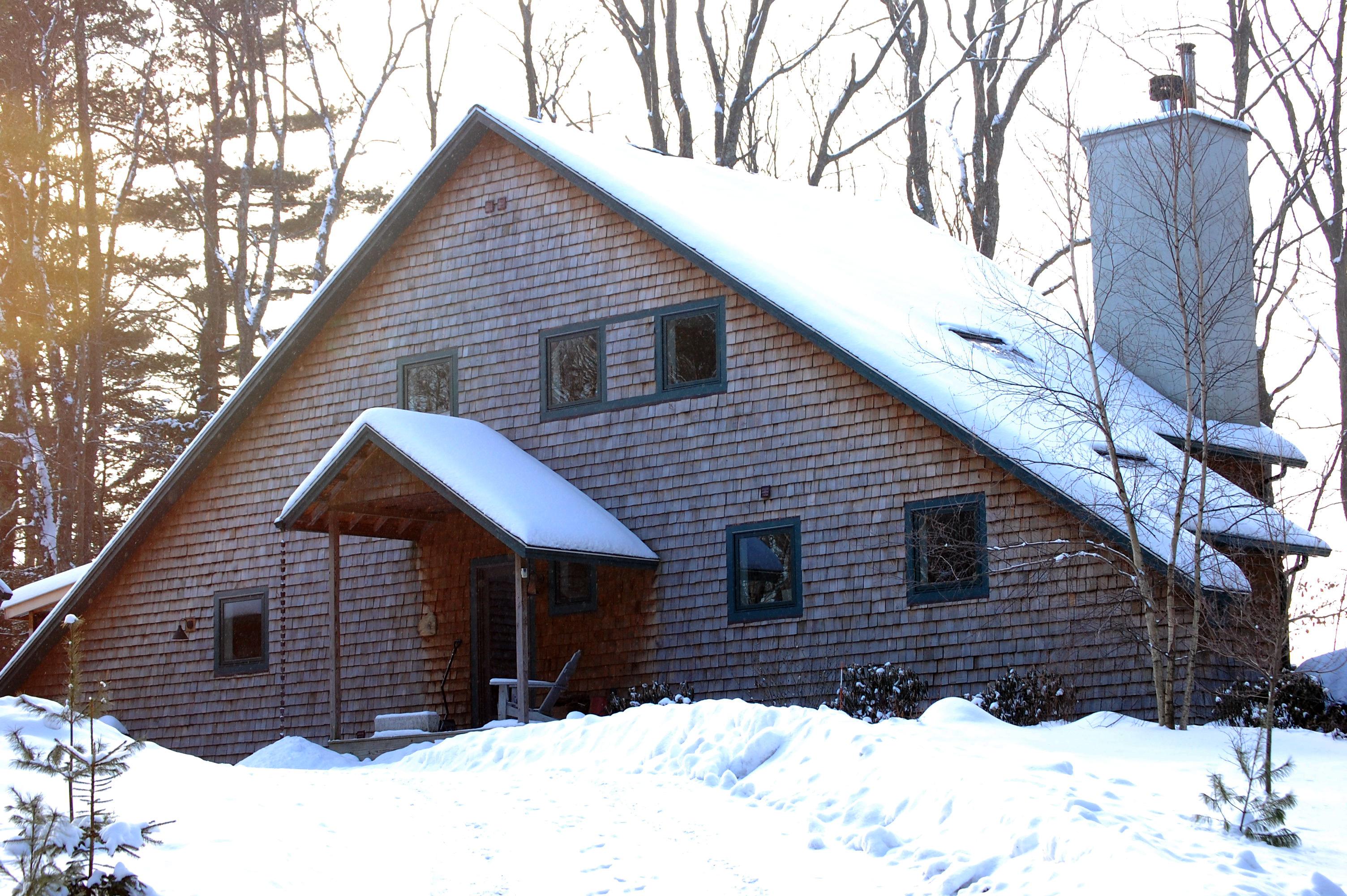 Woodland mountain house