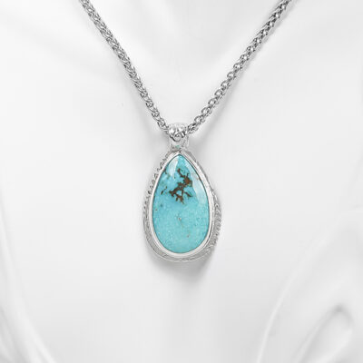 Kingman Turquoise Necklace cropped