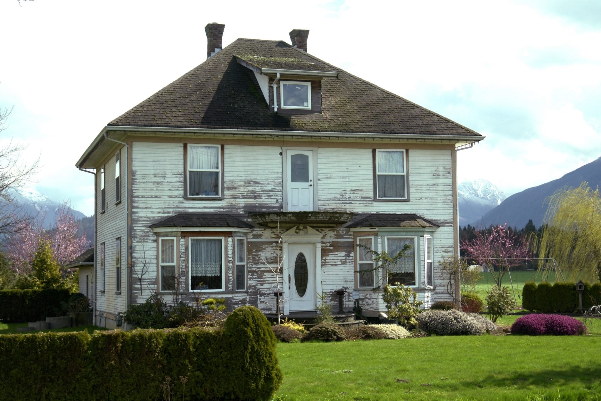 What Should You Know About Selling a Fixer-Upper Quickly