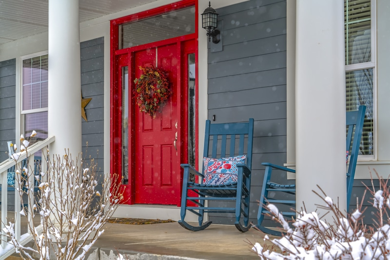 How to Make Your Home More Appealing to Buyers in the Winter