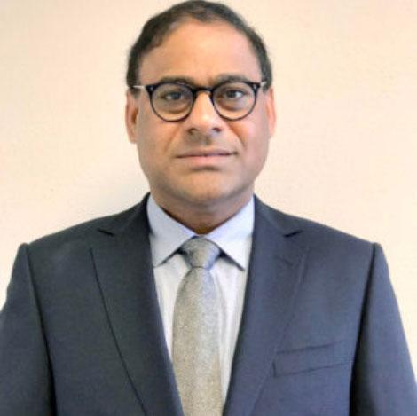 Dr-Yelamanchi