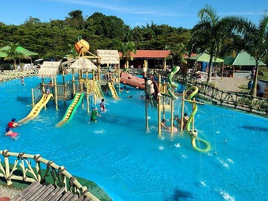 Planes en el Parque acuático Cacayal