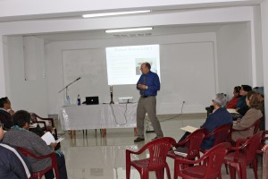 Michael Brown presenting Gottman Method Couples Therapy to pastoral agents of the Methodist Church of Lima and Callao.