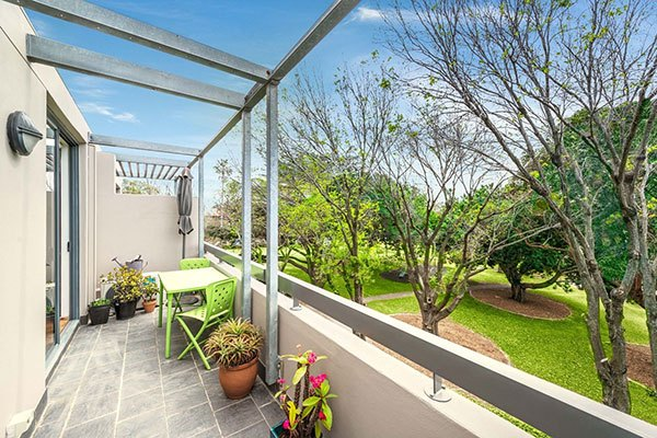 new-road-property-16-301-313-stanmore-road-petersham
