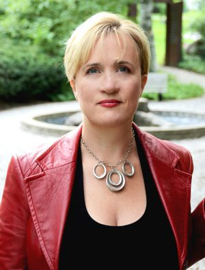 The Brave Files Podcast welcomes Dana Pharant, The Inner Dominatrix