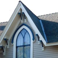 Painting and restoration of historic Victorian houses in Woodland Davis Sacramento Yolo County by Easton Painting