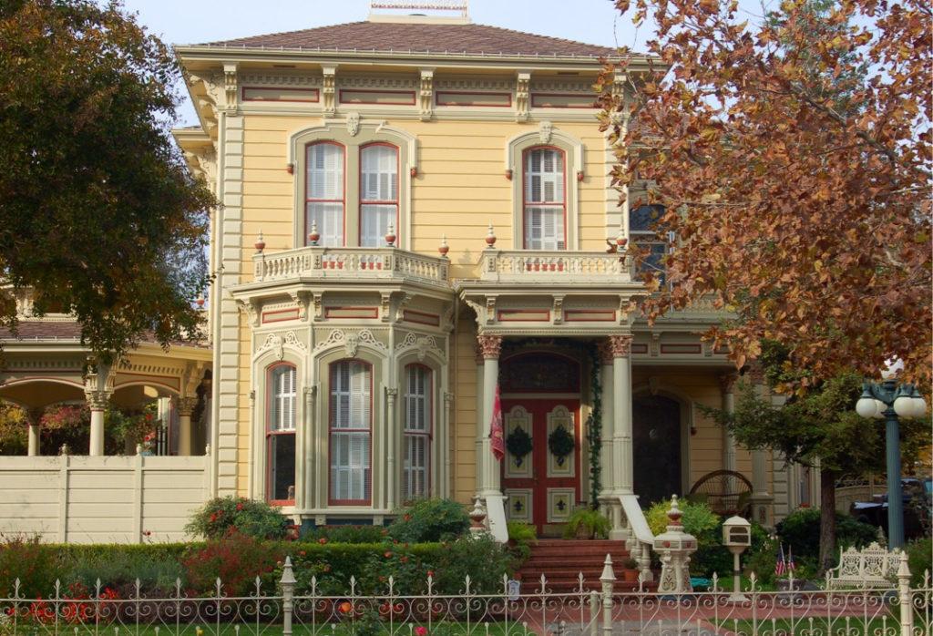 Italianate Victorian historic house painting restoration Woodland CA Easton Painting