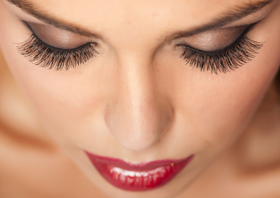 Eyelash extensions at Hair Salon Body & Soul