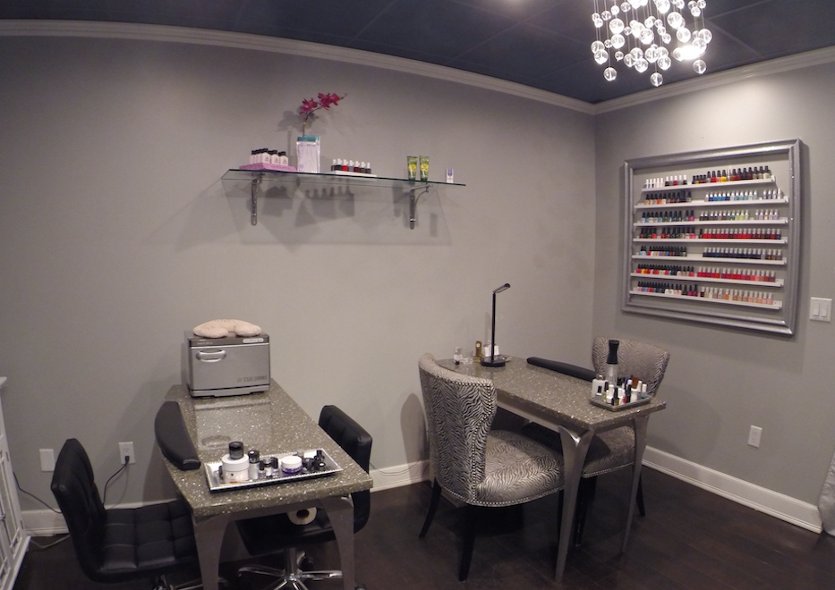 manicure pedicure room at Hair Salon Body & Soul