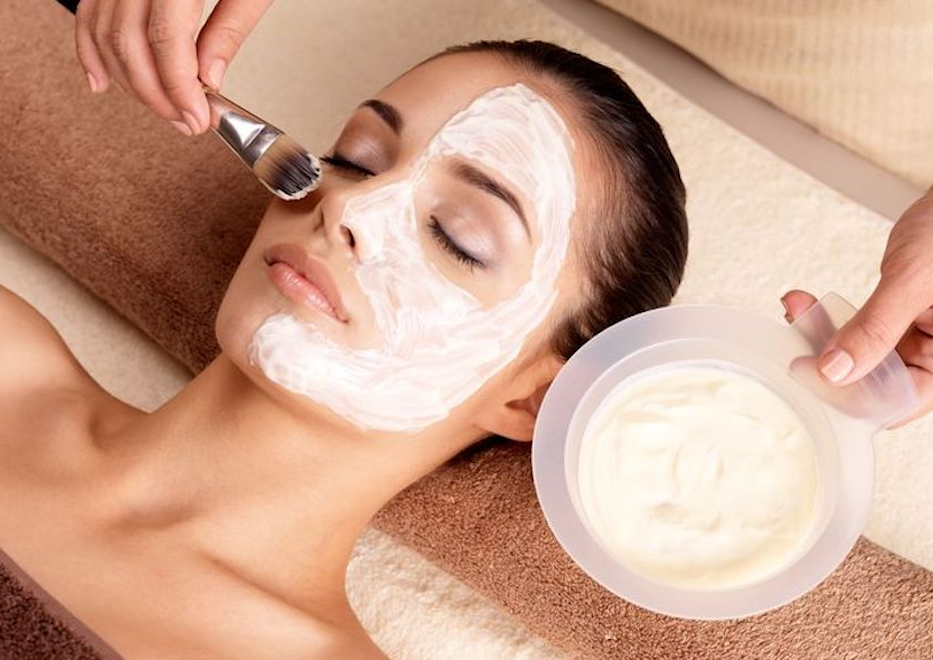 facials at Hair Salon Body & Soul