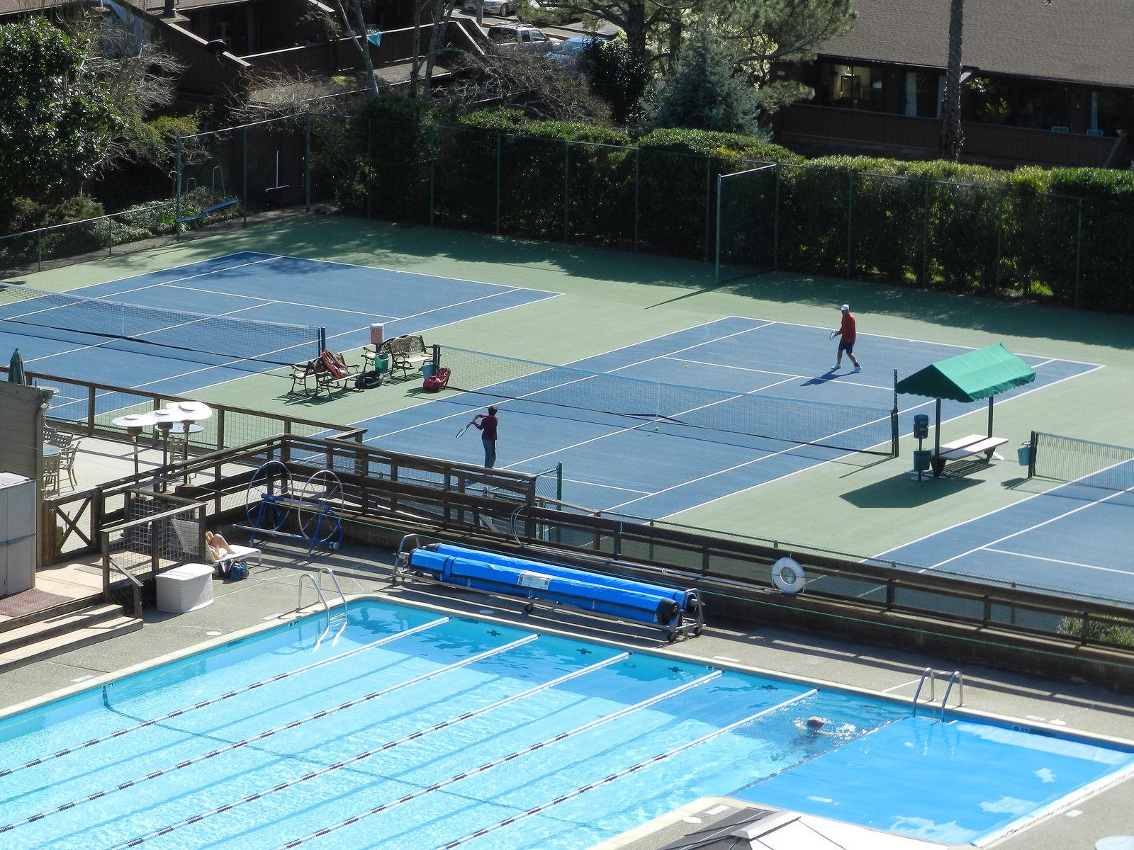 Tennis at the Canon Club in Fairfax